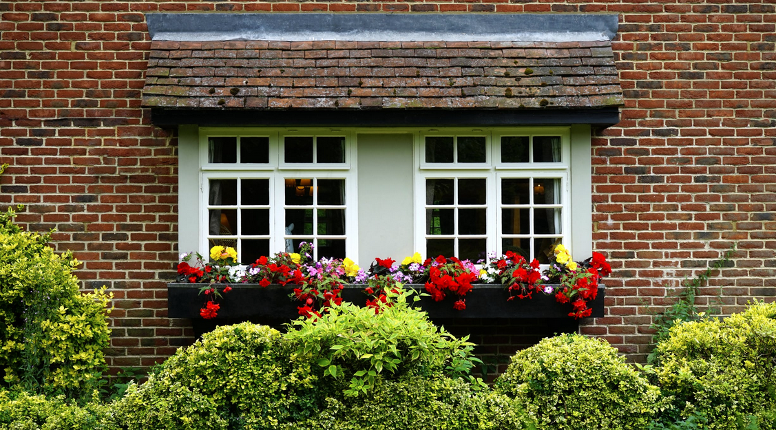 4 Ways to Create a First Impression through Your Home Exterior