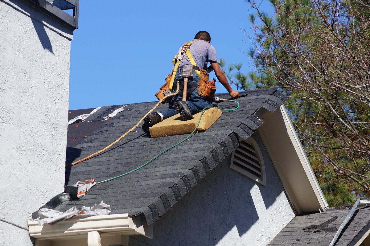 10 Roofing Tips That You Must Keep In Mind While Roof
