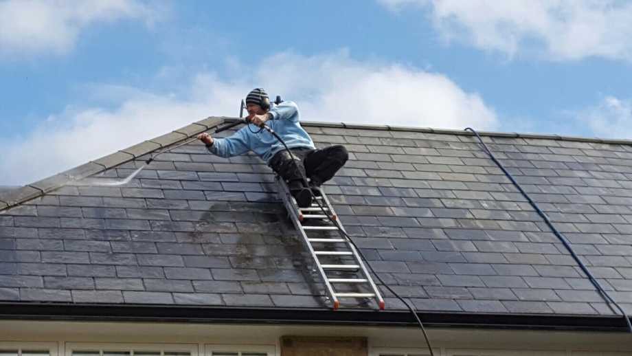 Spray The Roof