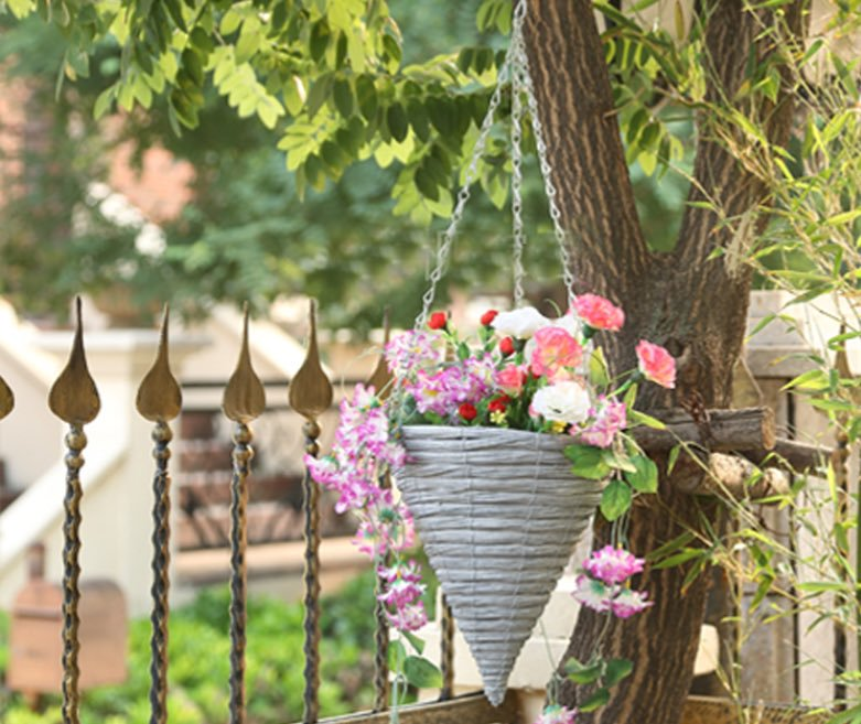 Yard Decoration With Flowers