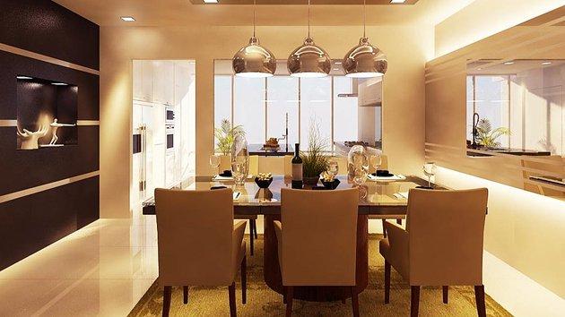 Dining Room Dark & Light Color Combination