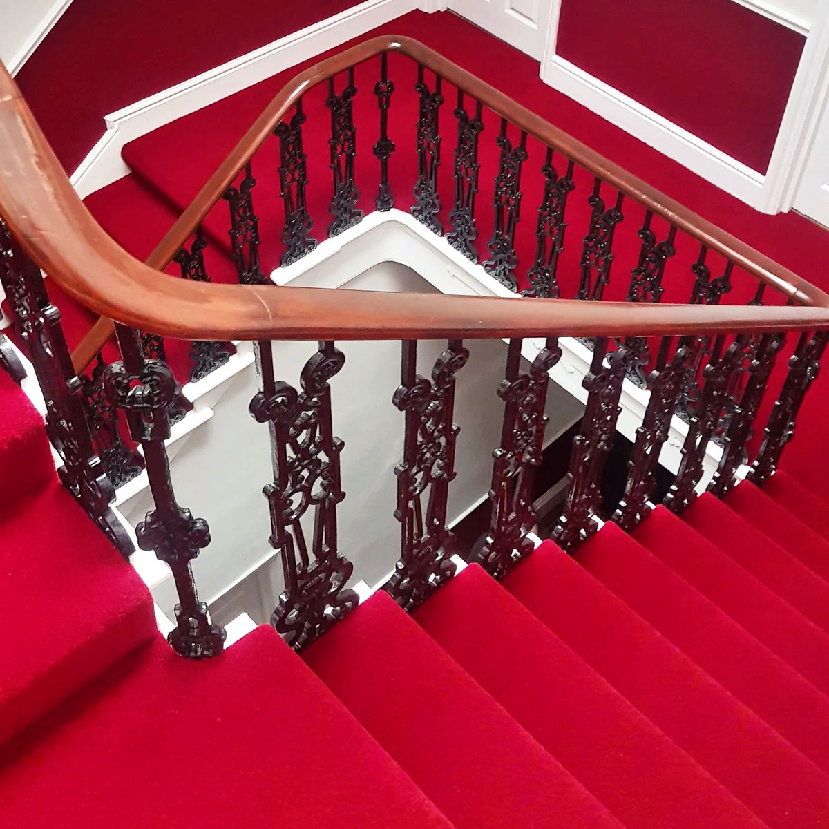 Creative Finishing Staircase