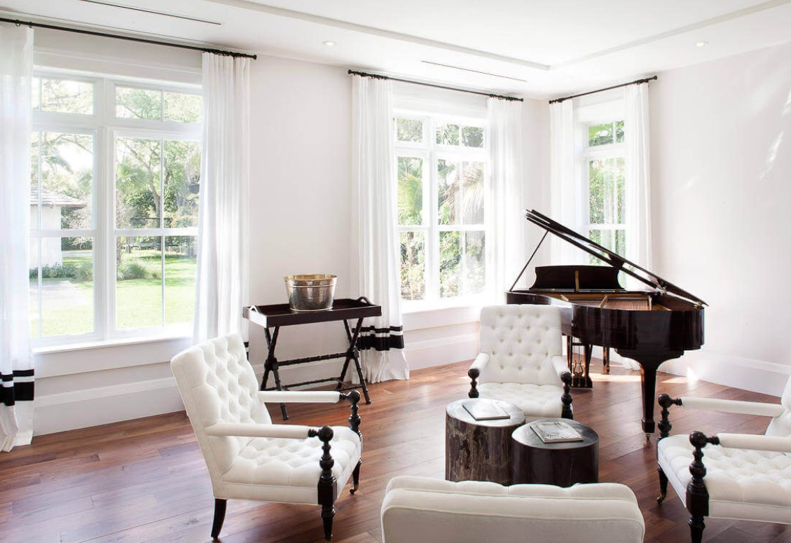 Decorating A Room With A Piano