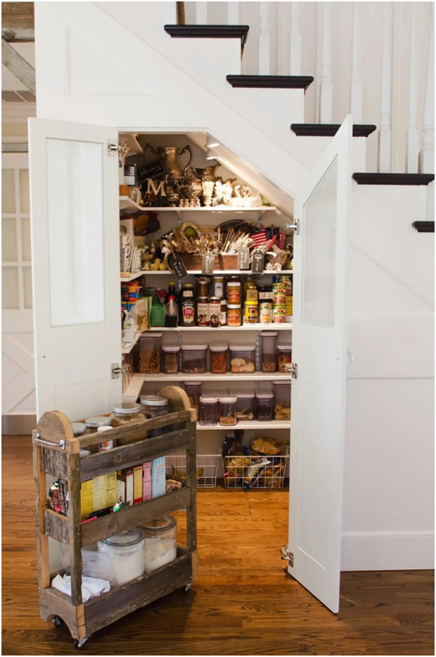 Kitchen Pantry Area