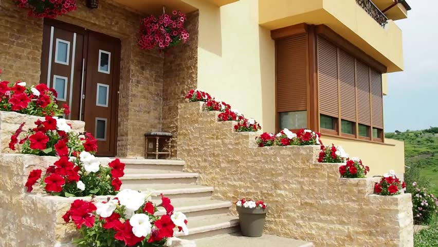 Entrance Decoration With Flowers