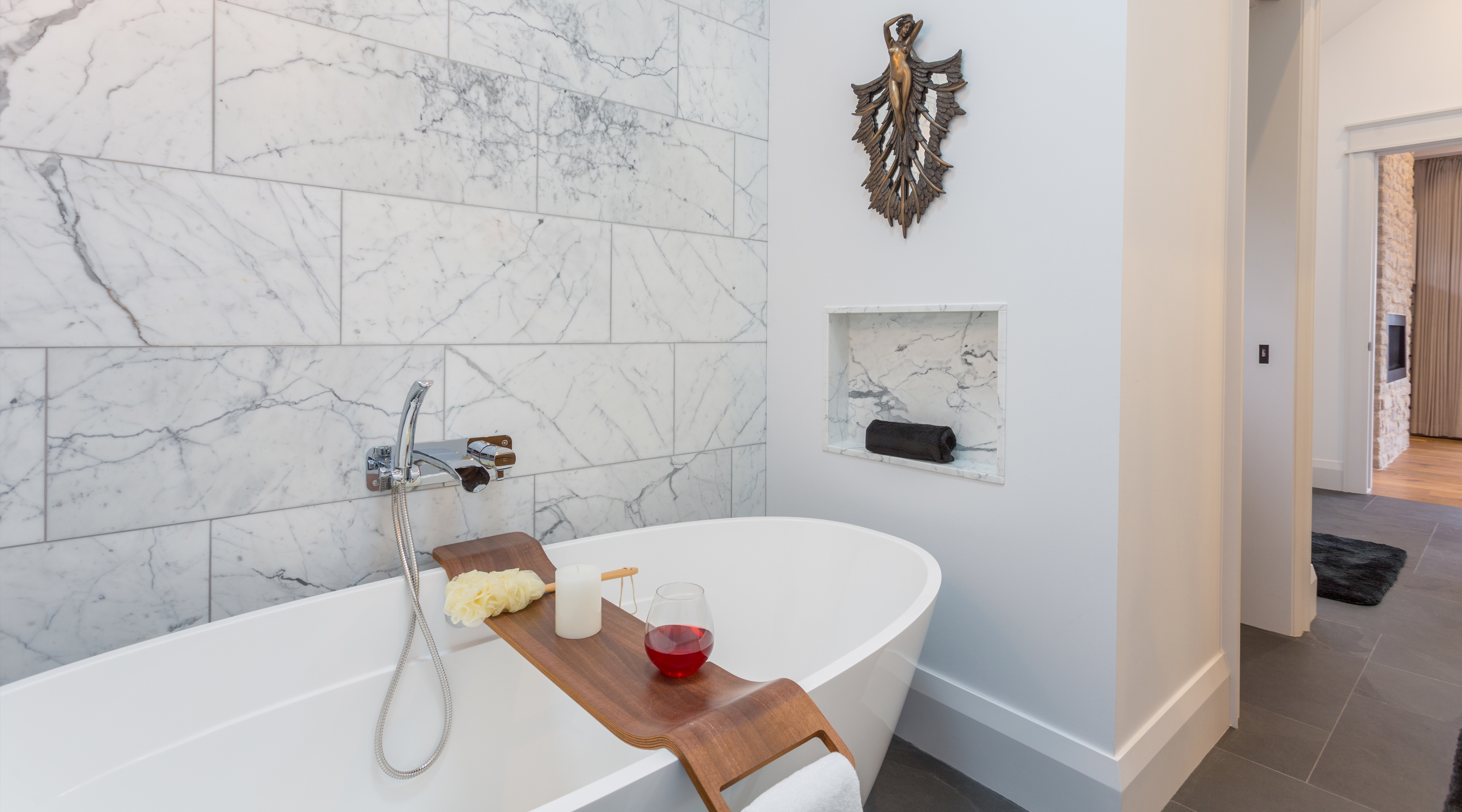 Use Of Natural Stone For Modern Bathroom