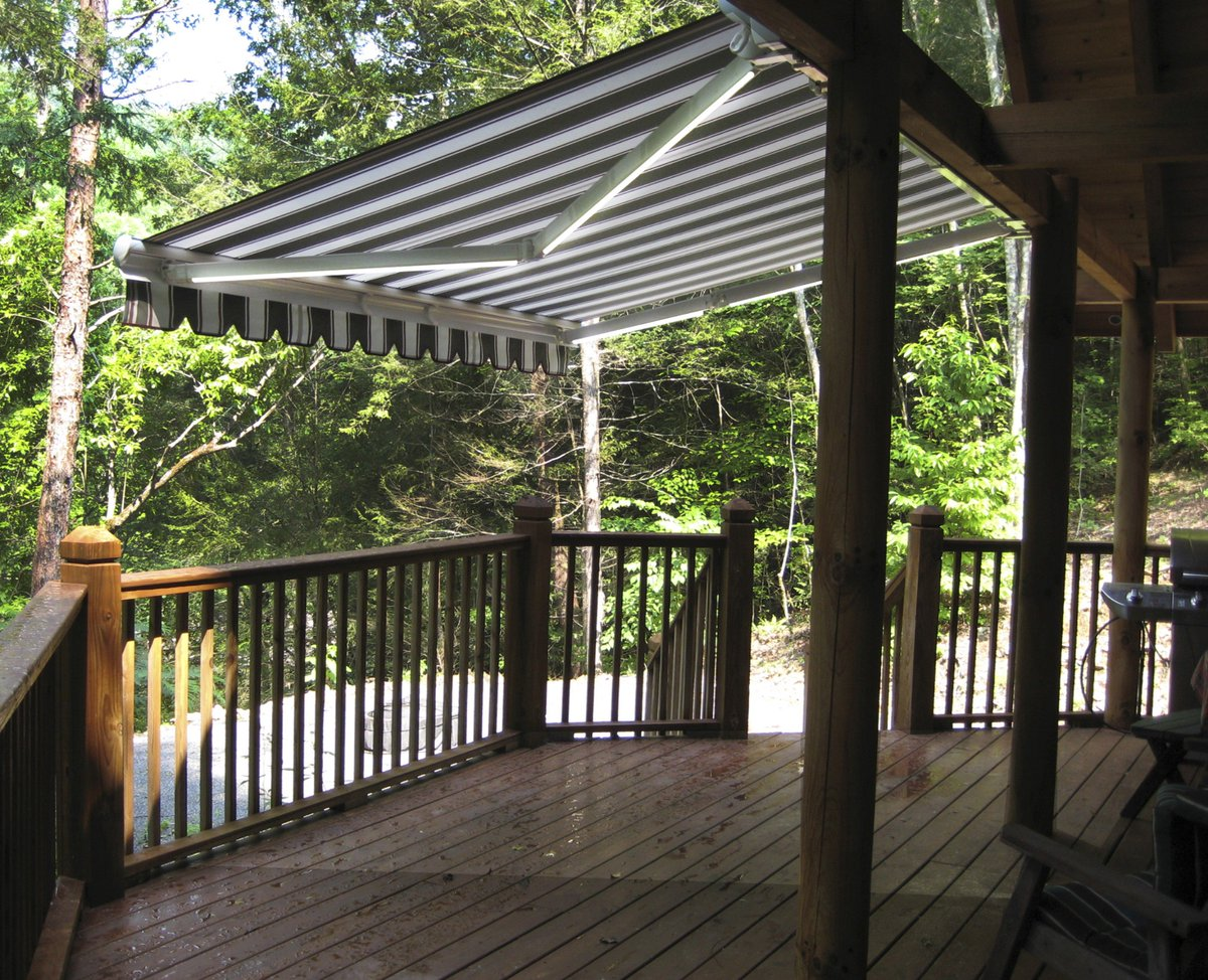 Roll Retractable Awnings