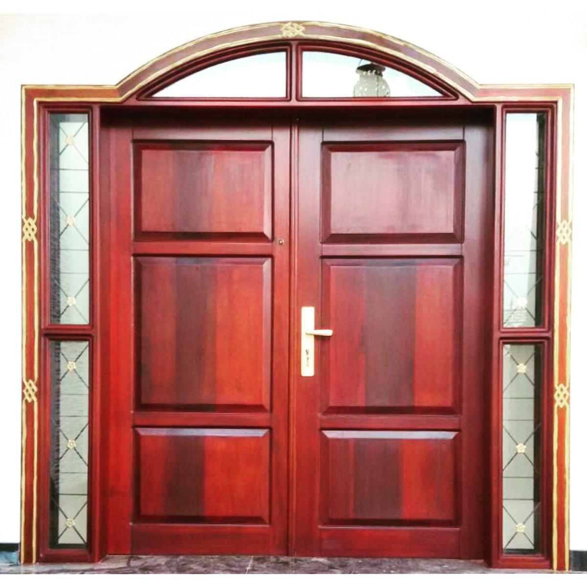 Stain Door