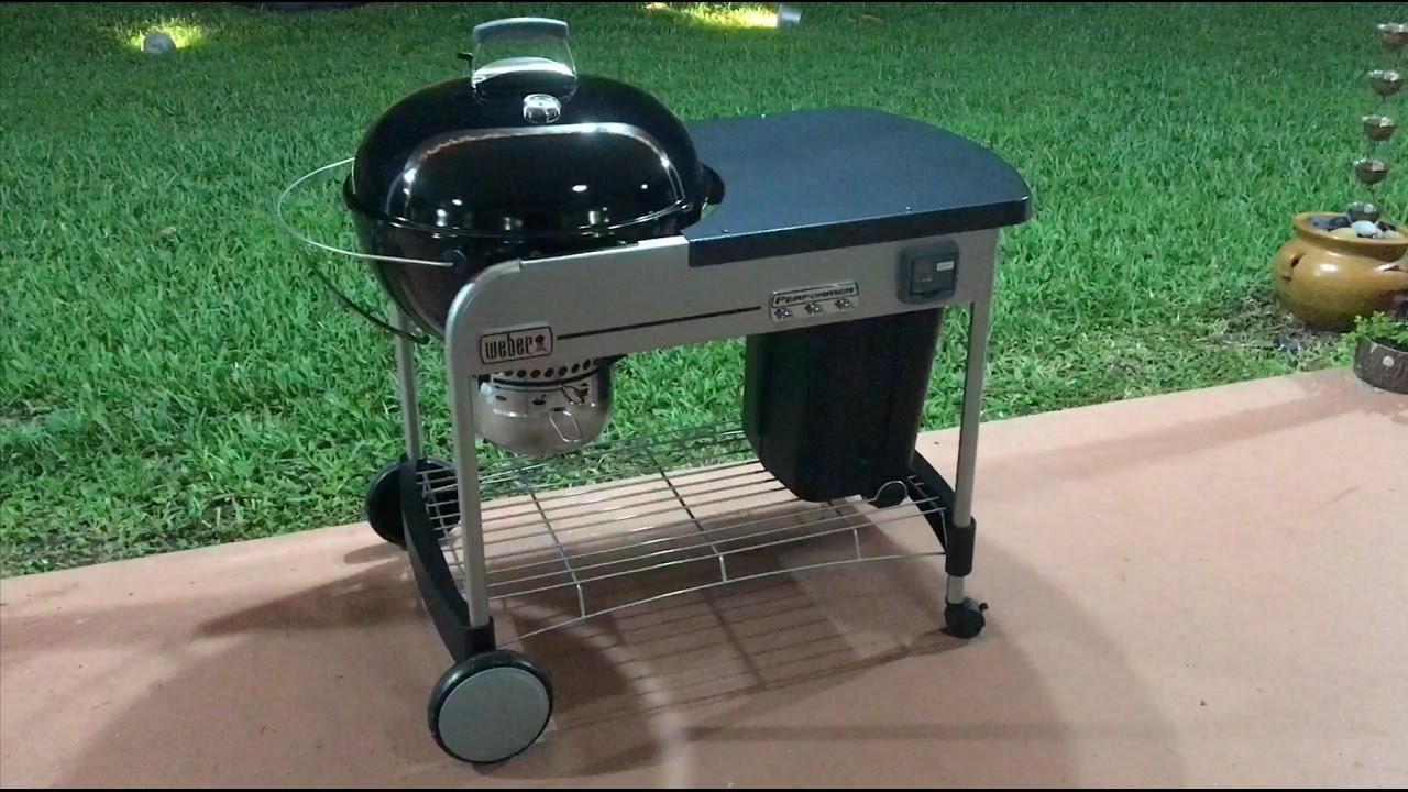 Weber 15502001 Performer Deluxe Charcoal Grill