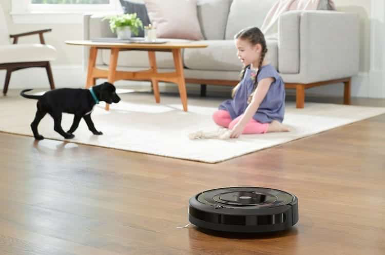 Black Robotic Vacuum Cleaner