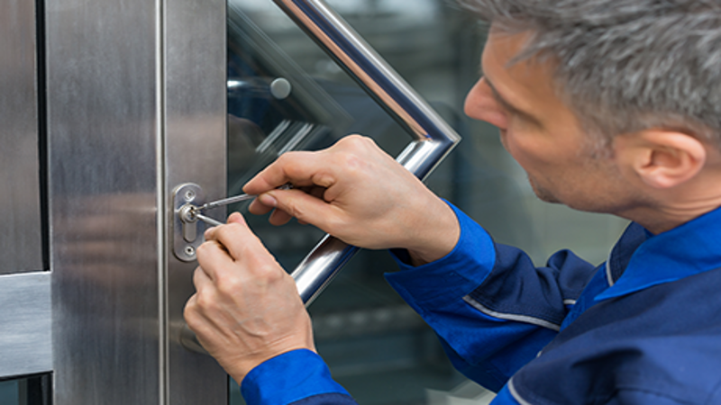 Things To Look For In A Local Locksmith | My Decorative
