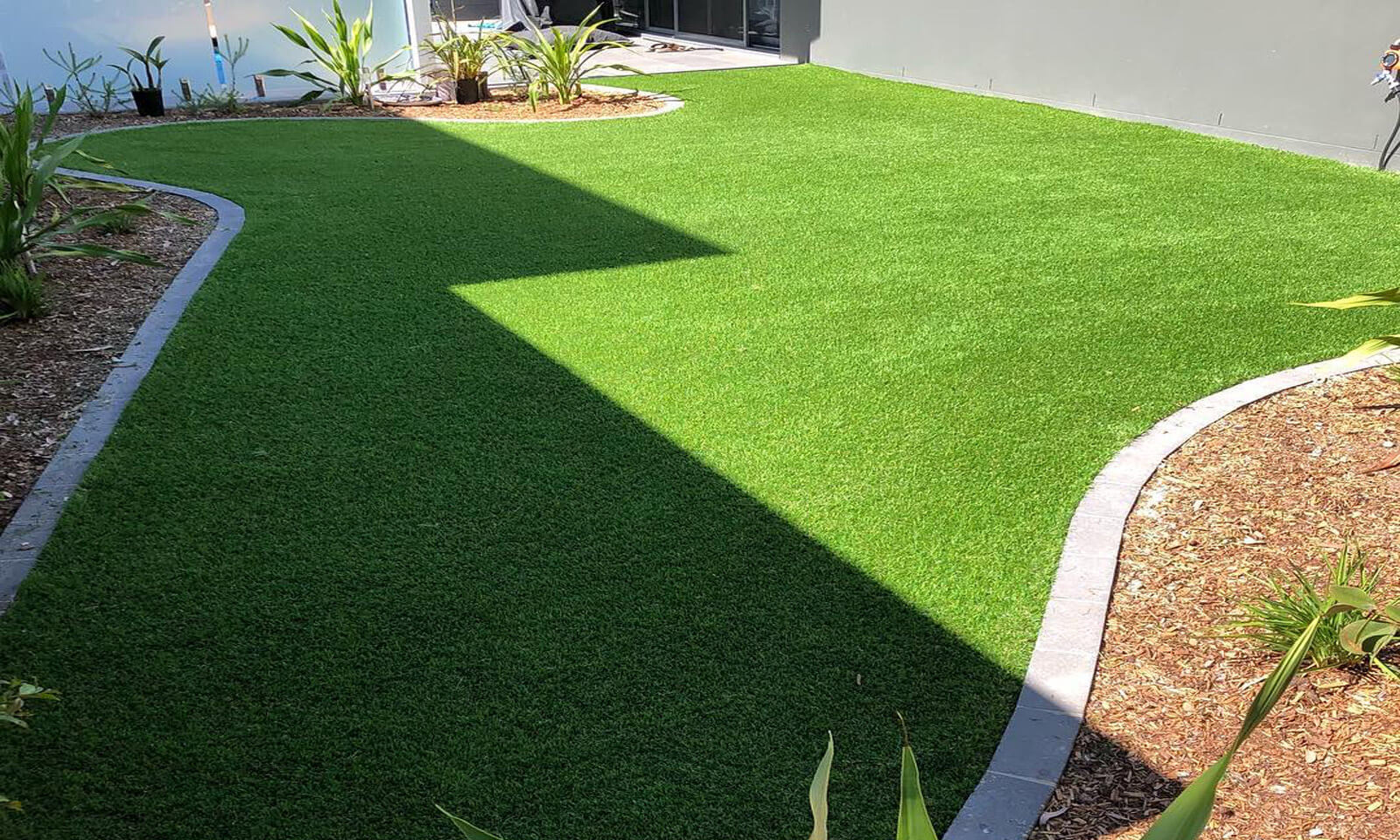 Backyard Artificial Lawn