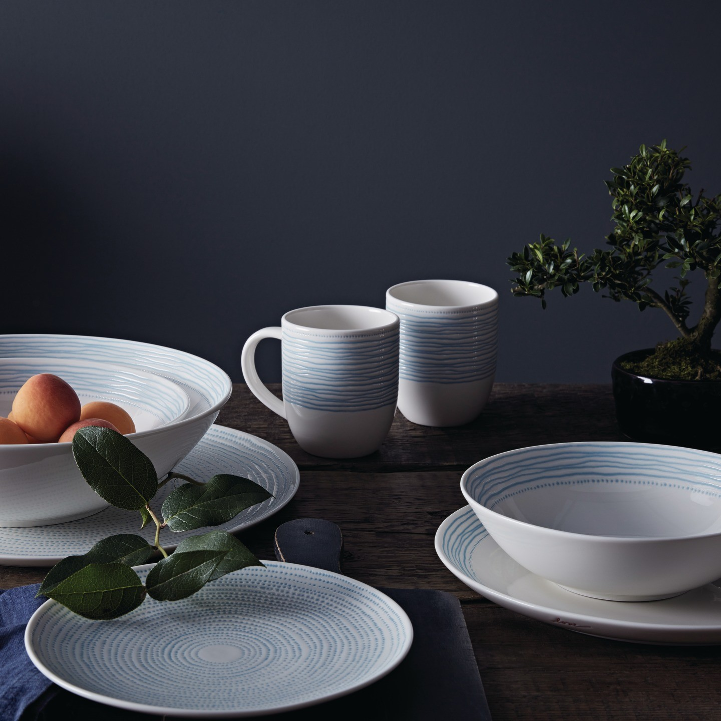 Right Tableware