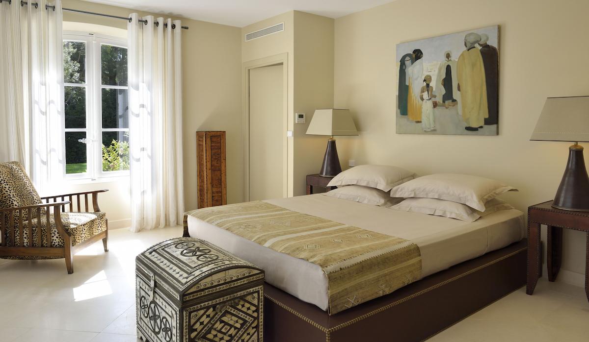 Villa Les Marres Luxe Bedroom