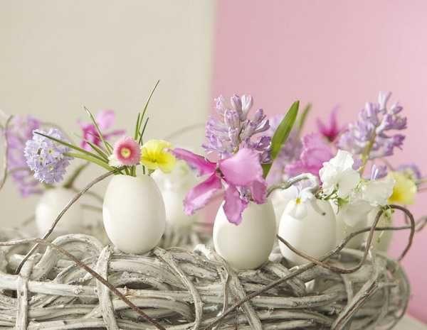 Eggshell Flowers