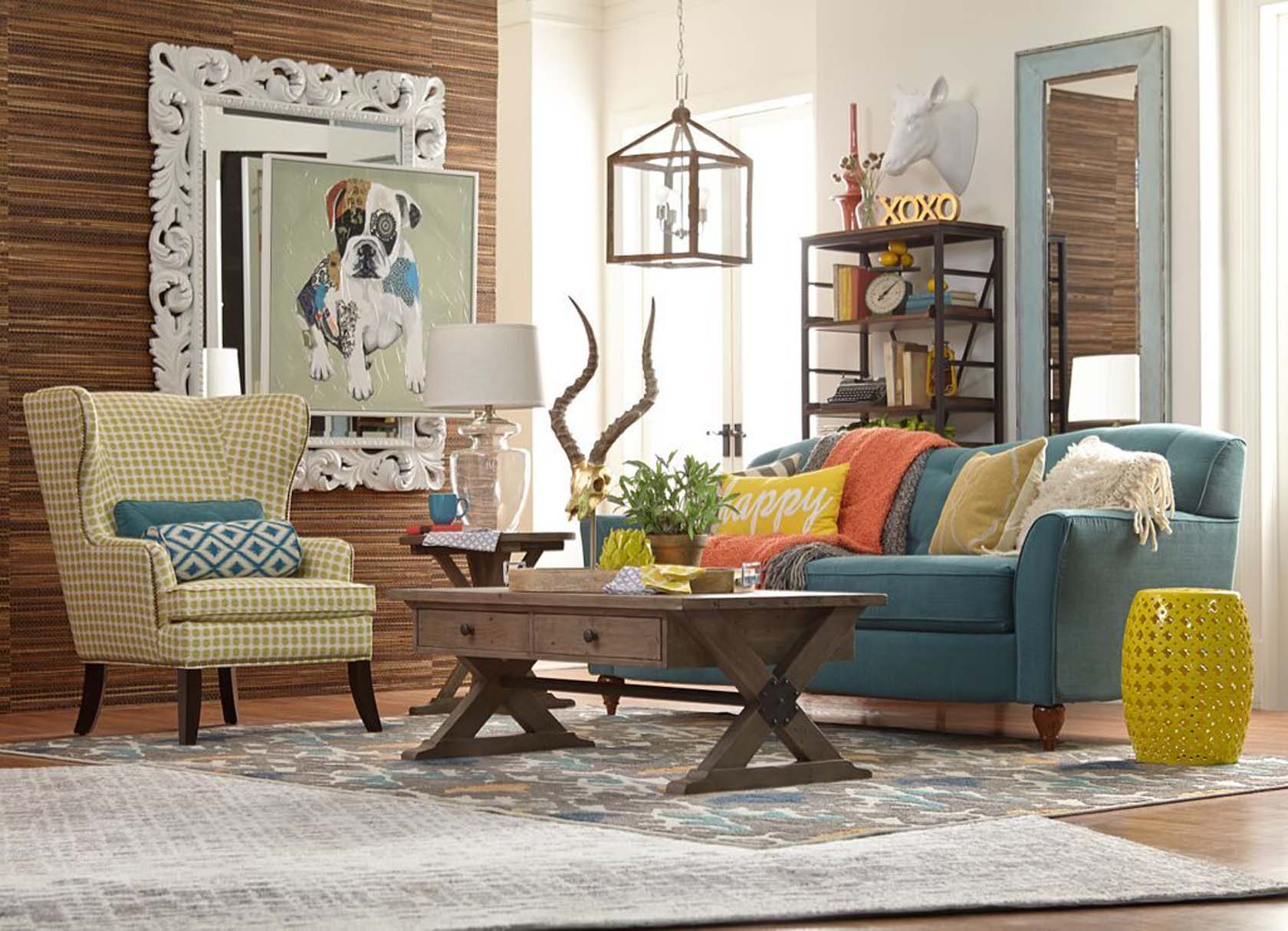 Layered Contrasting Décor