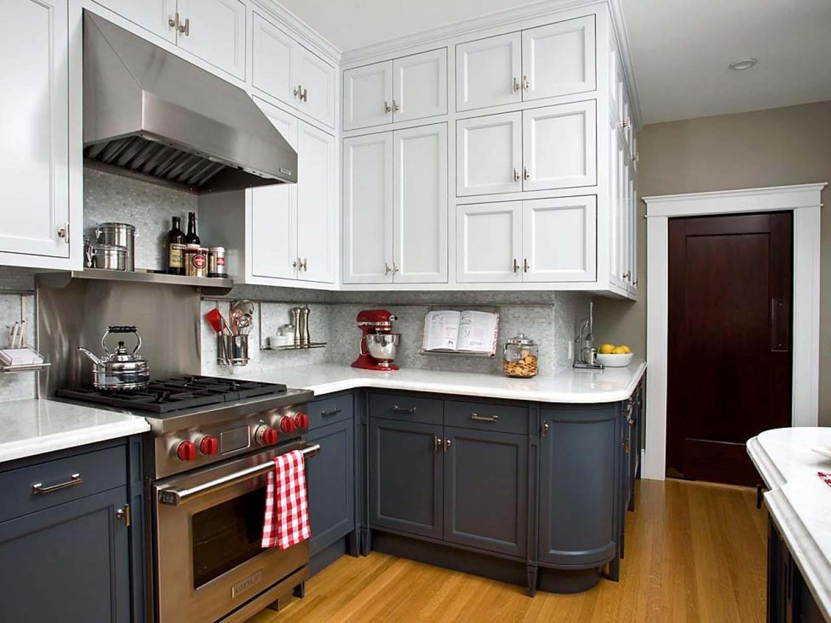 Two-Tone Kitchens