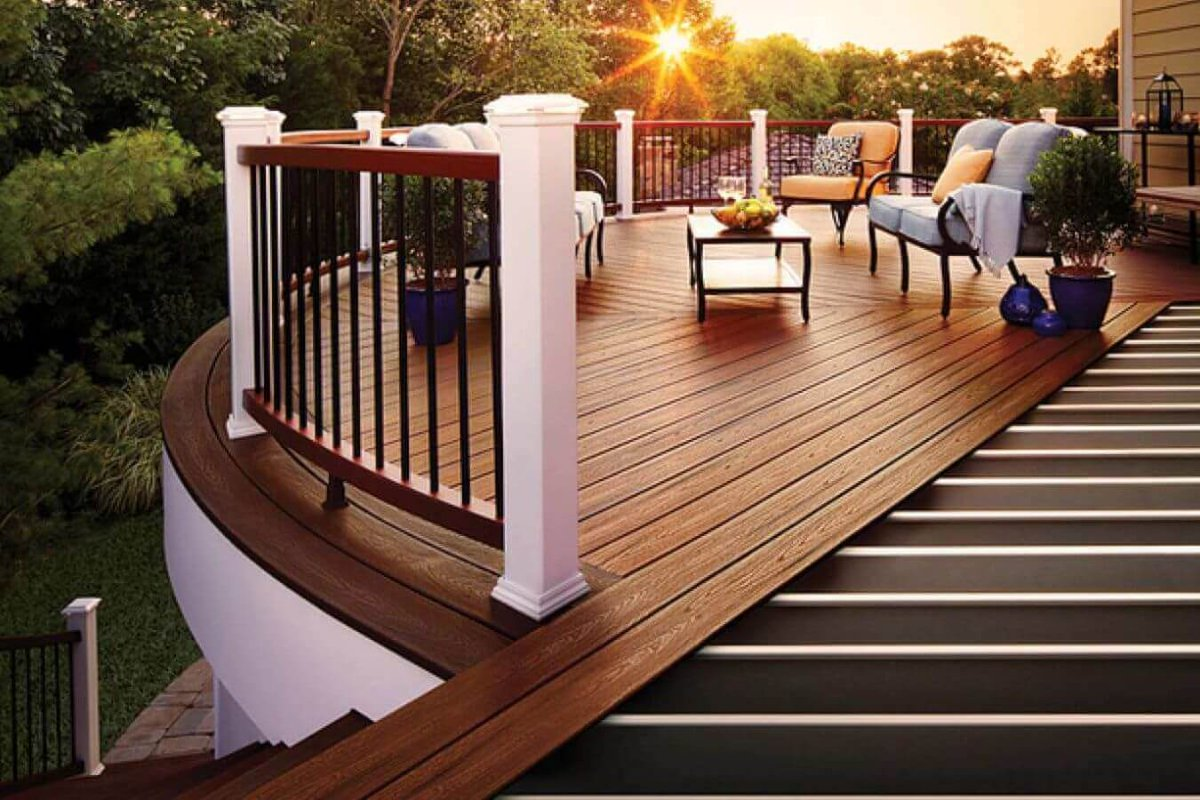 Best Reasons On Why You Should Hire A Deck Builder | My Decorative