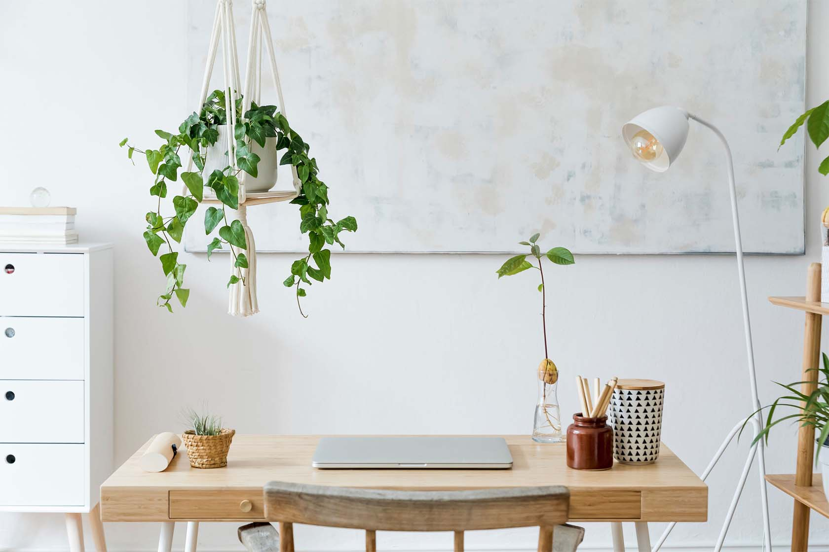 How To Personalize Your Office Space