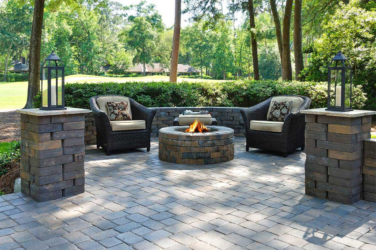 Amazing Paved Backyard Ideas