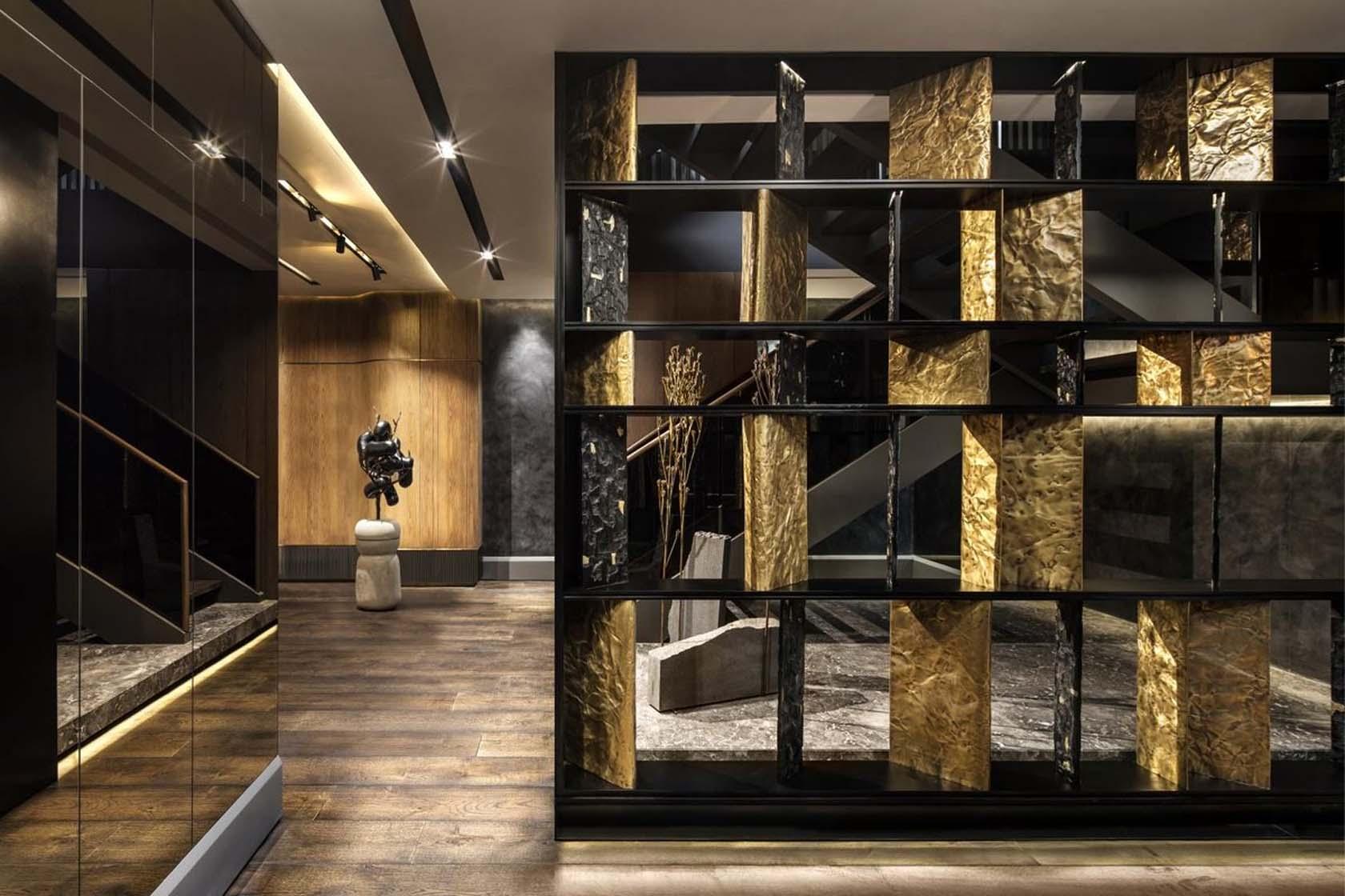 Interiors With Metallic Designs