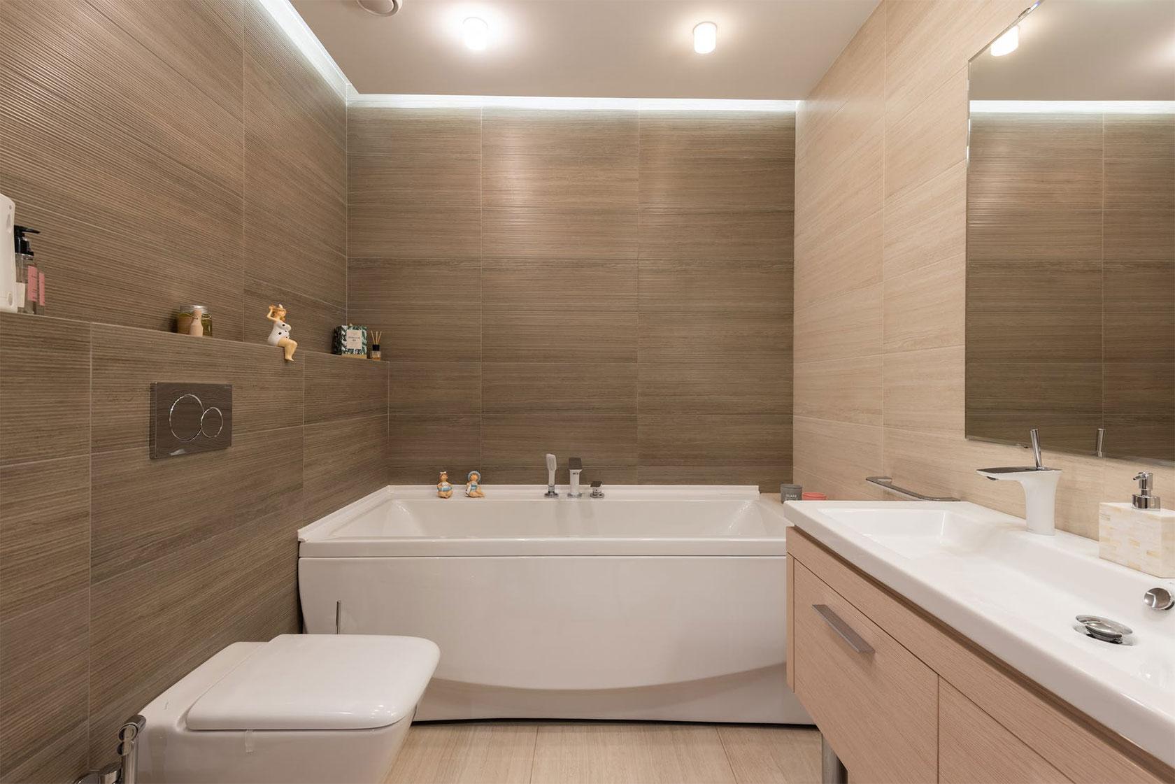 Bathroom Woof Flooring