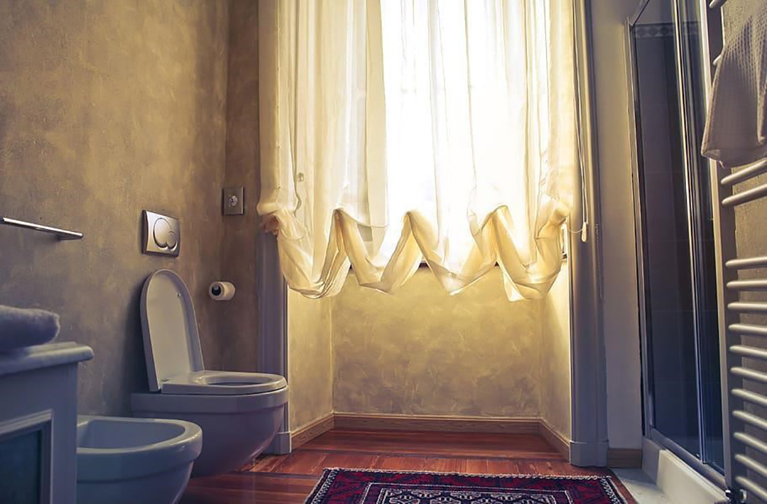 Cedar Cladding Bathroom